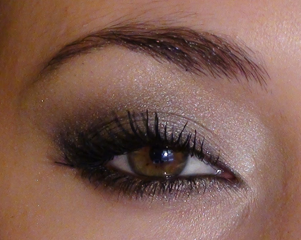maquillage glamour yeux marrons
