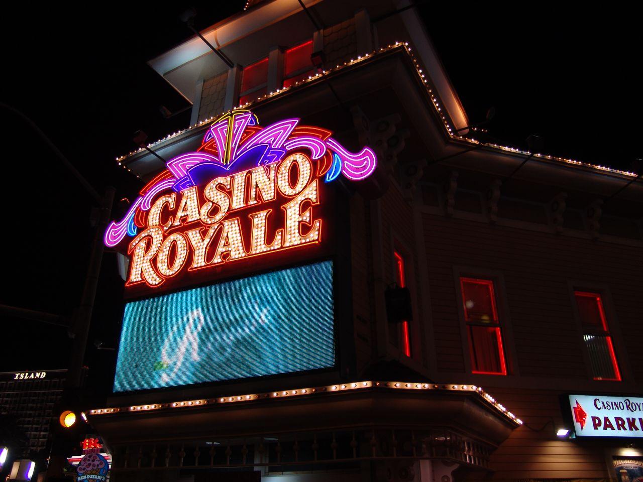 Jeux casino : pourquoi privilégier les casinos virtuels?
